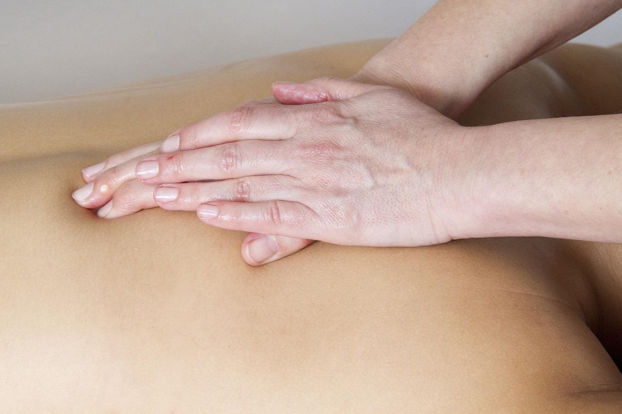 Massage naturiste prix, comment reconnaître une offre raisonnable ?