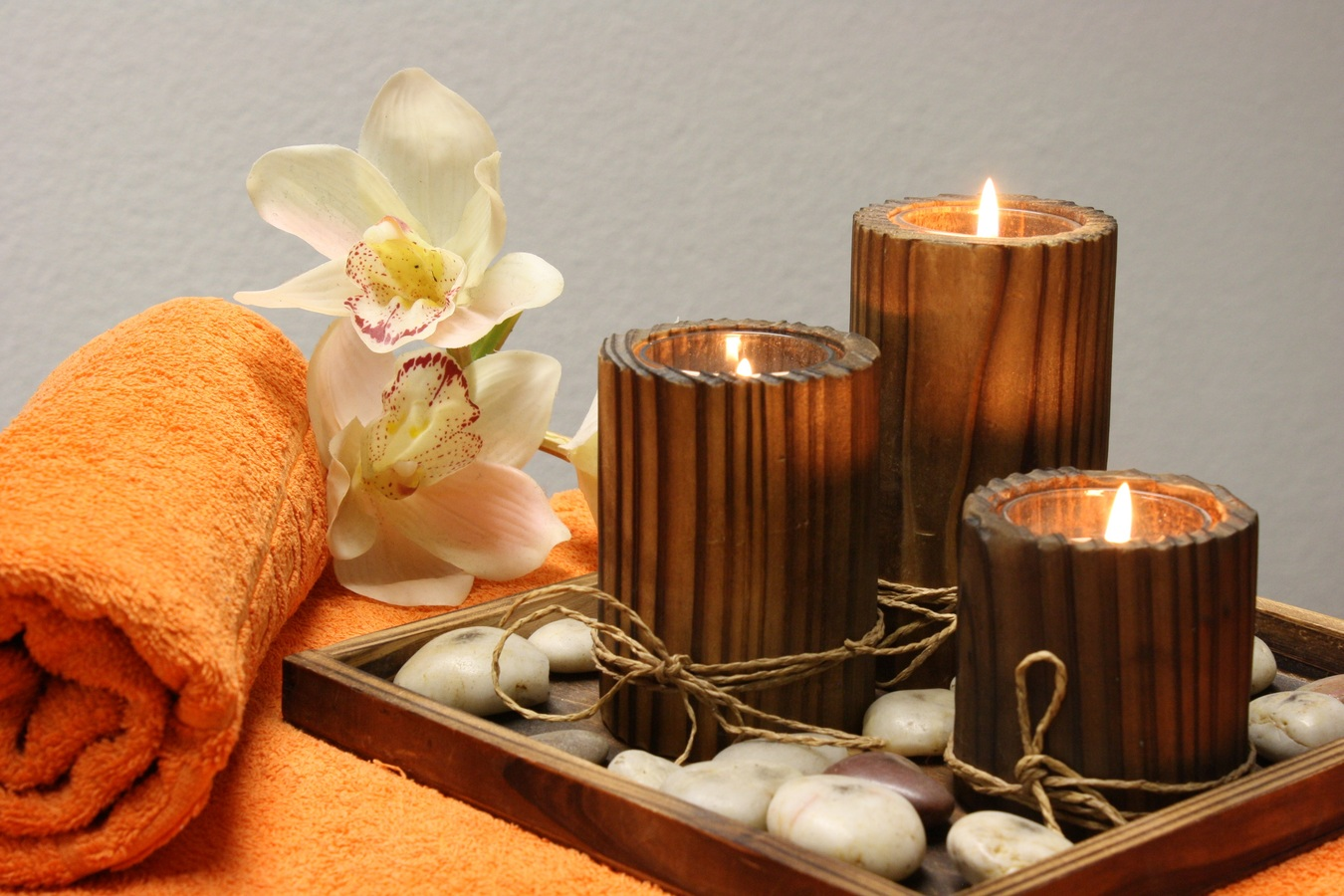 Massage et détente, grâce à un bon salon naturiste Paris