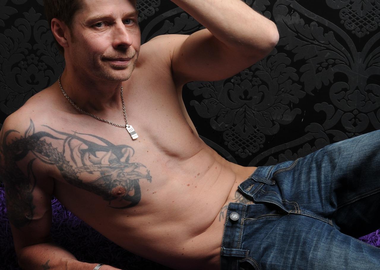 Comment réussir et profiter pleinement du massage prostate ?